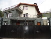 Продава, КЪЩА, гр. София, Карпузица, 250 кв.м., Euro 269 000